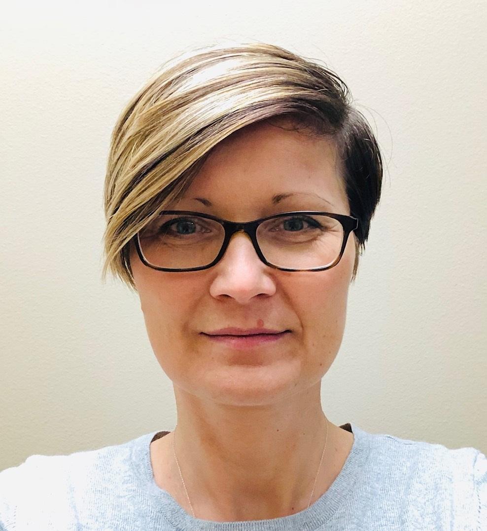 Dr. Erika Rebrosova
